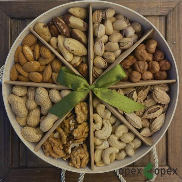 Подарки из орехов